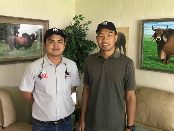 FI-hk-Thailand-friends-Panya-Lerdthaisong